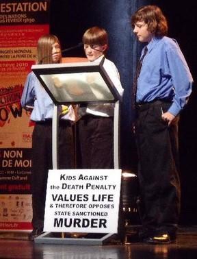Kids Against the Death Penalty beim Weltkongress gegen die Todesstrafe in Genf