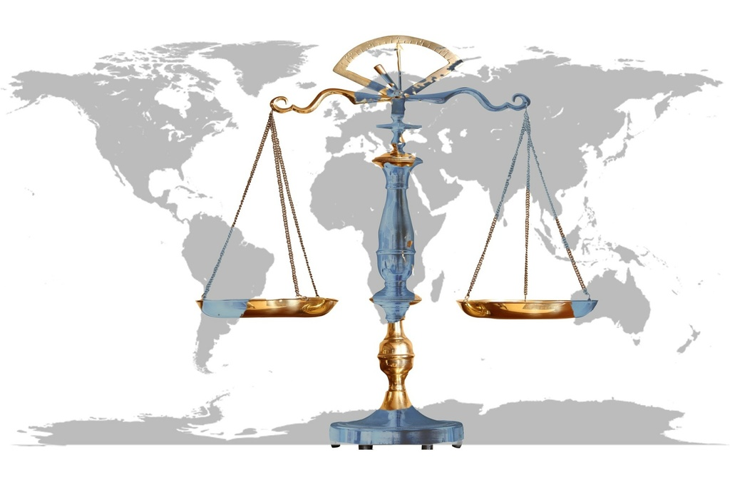 Symbole law and justice